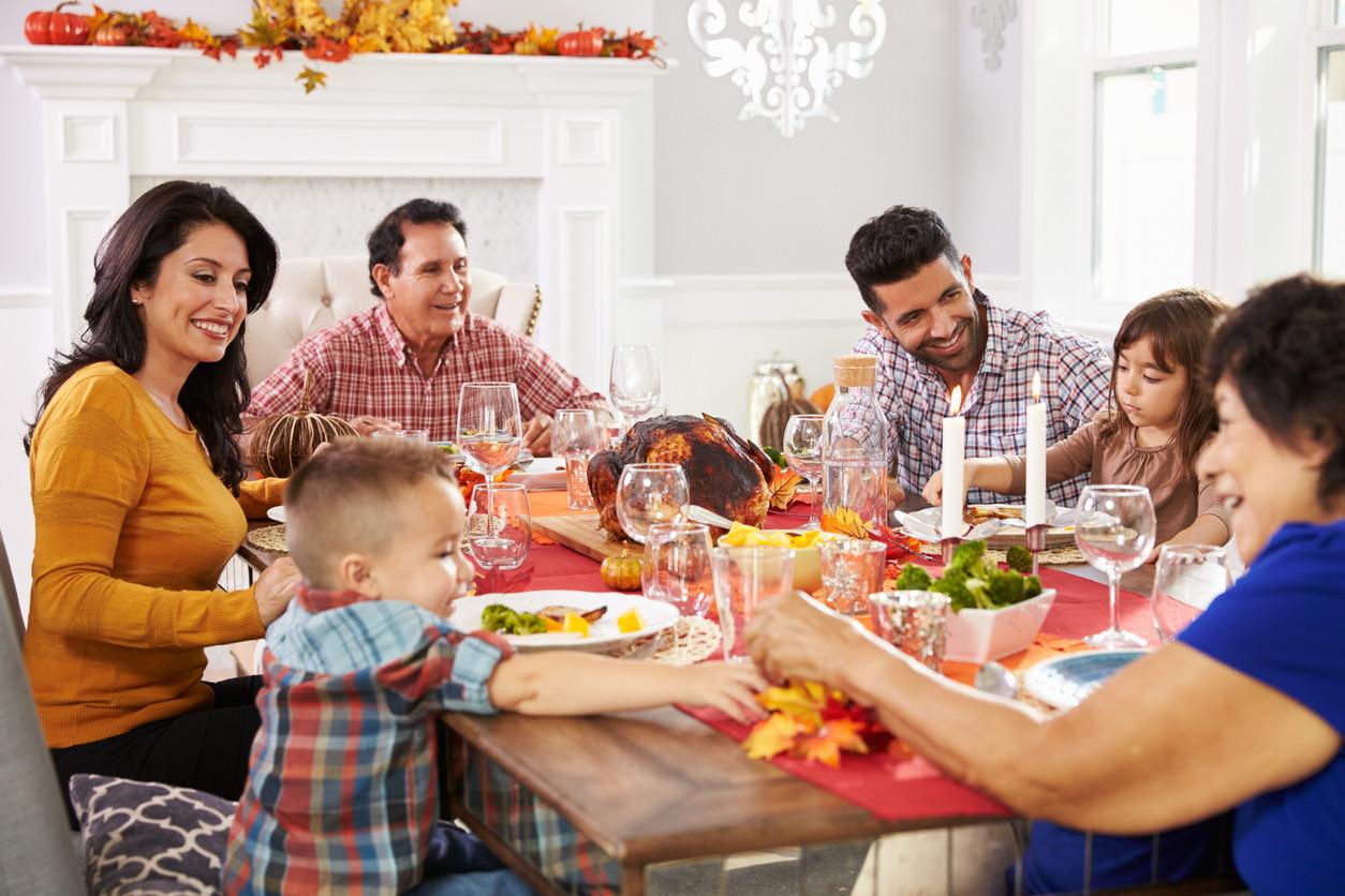 holiday-dinner-with-familyiStock-498303430